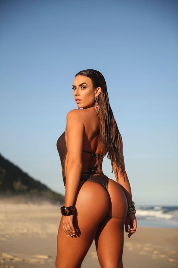 Nicole Bahls ainda quer eliminar mais 5kg para aparecer na TV (Foto: Davi Borges/Divulgação)