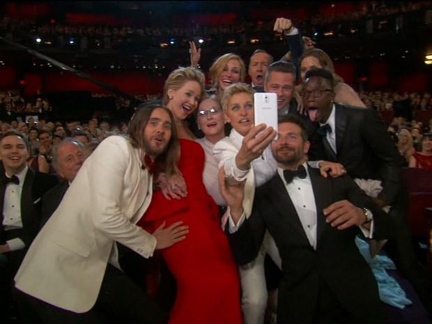 Selfie no Oscar (GloboNews) (Foto: Reprodução GloboNews)