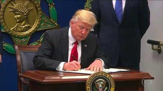 Trump tira Iraque da lista de países de cidadãos com entrada barrada