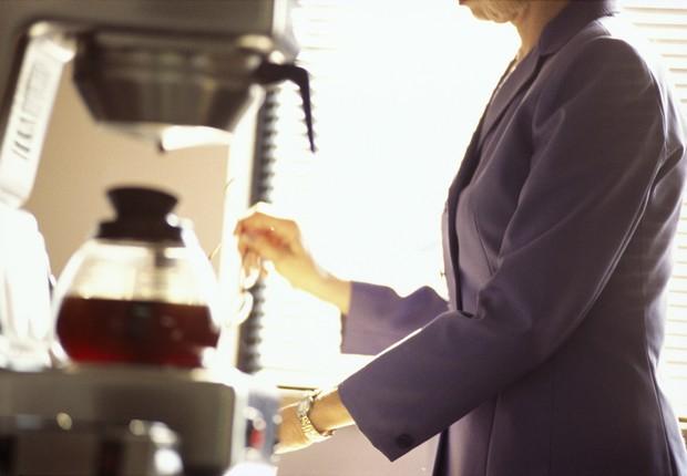 café, cafezinho, copa, cozinha, intervalo (Foto: Thinkstock)