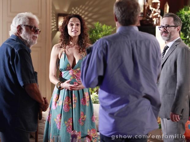 O autor acompanha a gravação de Vanessa Gerbelli e Leonardo Medeiros (Foto: Ellen Soares/TV Globo)