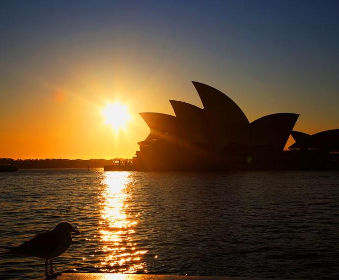 O pôr-do-sol fica ainda mais bonito com o 'Opera House' no horizonte (Foto: Bernardo Duarte/Gshow)