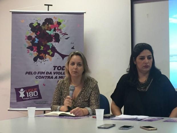 Juíza Jacqueline Machado e subsecretária Luciana Azambuja Roca (Foto: Gabriela Pavão/ G1 MS)