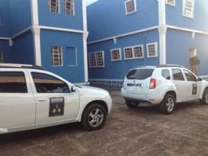 Gaeco faz operação para combater o crime desvio de recursos públicos na Prefeitura de São Jerônimo da Serra (Foto: Wilson Kirsche/RPC TV)