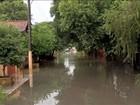 Rio invade casas e 23 famílias ficam desabrigadas em Aquidauana