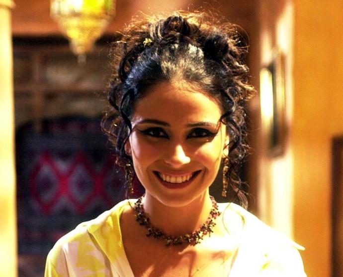 Giovanna Antonelli abusou dos cachos em O Clone (Foto: TV Globo)