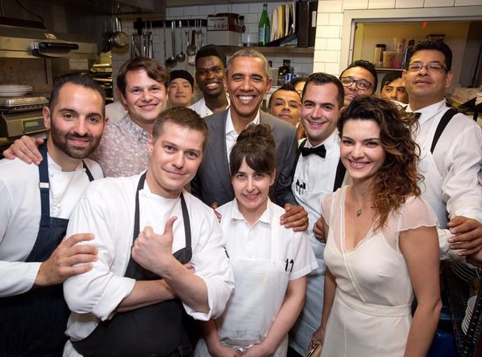 Mayana Neiva mostra foto do encontro com Barack Obama (Foto: Arquivo Pessoal)