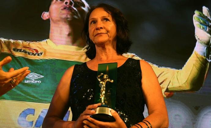Ilaídes, mãe Danilo, Chapecoense (Foto: Divulgação/CBF)