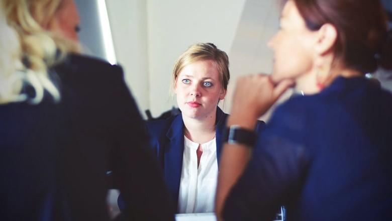 entrevista-emprego-profissional (Foto: Pexels)