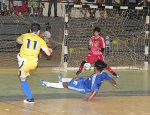 Constelação e Vivaz decidem Campeonato Roraimense de Futsal Sub-20 (Foto: Reynesson Damasceno)