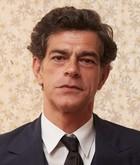 José Roberto (Eduardo Moscovis)