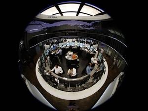 8 de agosto: Cenário de preocupação na bolsa de Frankfurt, na Alemanha, também foi visto em outros mercados internacionais (Foto: Reuters)