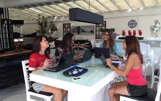 Mayra Cardi abre sua casa em condomínio de luxo no Guarujá (Foto: Bruno Cardi / Divulgação)