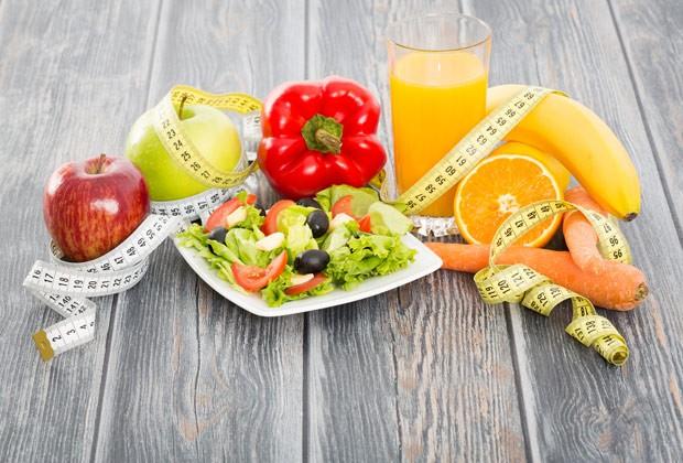 Ter uma alimentação equilibrada, com diferentes nutrientes, é fundanmental (Foto: Thinkstock)