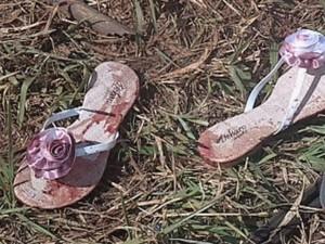 Um dos veículos estava com vários calçados, provavelmente, comprados em Jaú  (Foto: reprodução/TV Tem)
