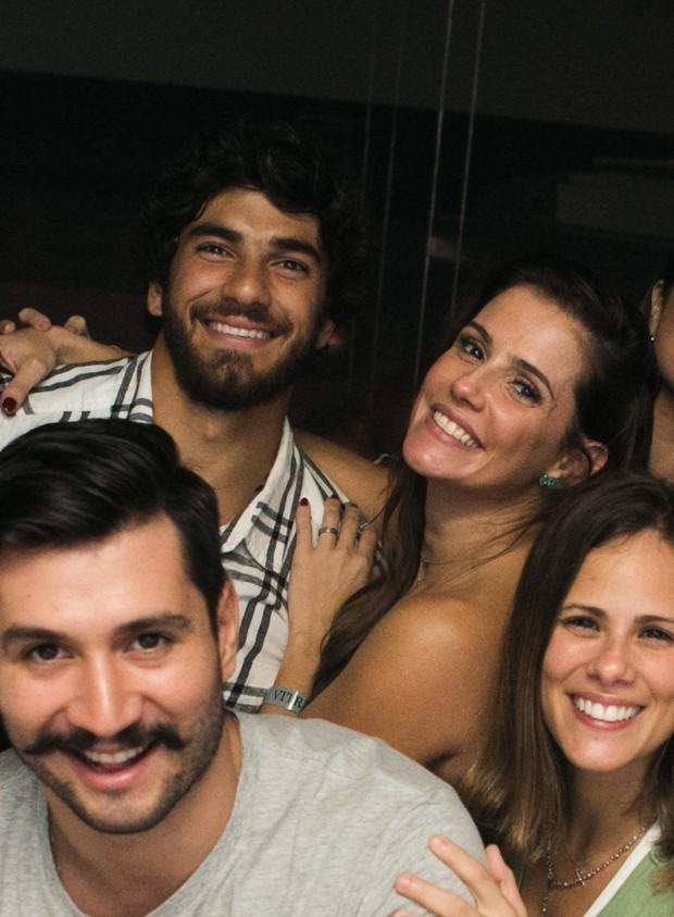 Deborah Secco com o marido Hugo Moura (Foto: RAPHAEL MESQUITA / DIVULGAÇÃO)