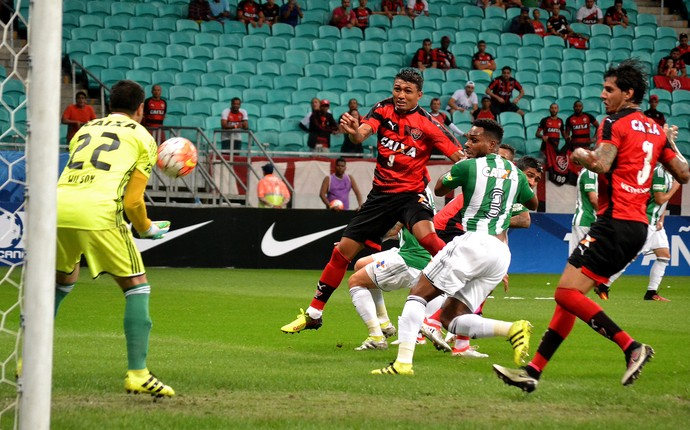 Vitória x Coritiba Sul-Americana (Foto: Futura Press)