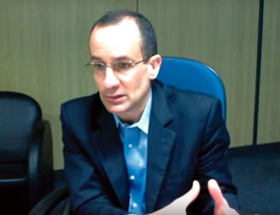Reprodução de vídeo de depoimento de Marcelo Odebrecht. (Foto: Reprodução)