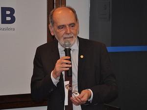 O vice-presidente do Conselho Federal de Medicina, Carlos Vital (Foto: Divulgação)