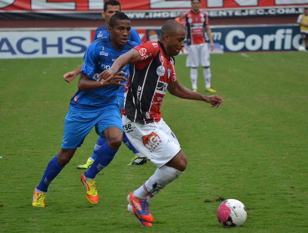 Willian do Joinville x Avaí (Foto: Leandro Ferreira / Futura Press)