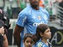 Procura por camisas do campeão e invicto Jailson aumenta no Palmeiras