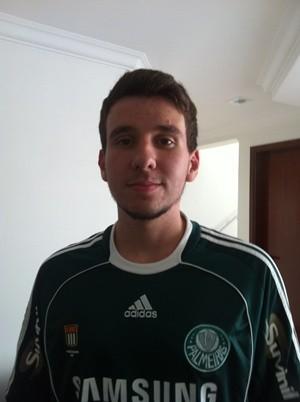 Fernando César Maioto colocou o hino do Palmeiras na redação (Foto: Arquivo Pessoal)
