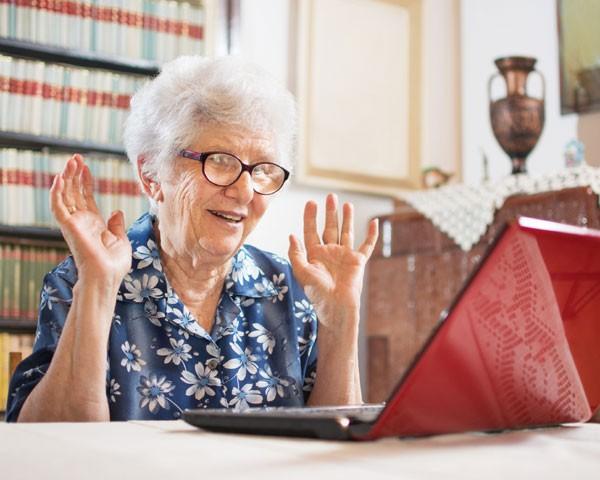 Não temos que ter medo de envelhecer, temos que ter medo de adoecer, isso sempre (Foto: Thinkstock)