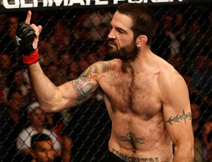 Mike Pyle Matt Brown ufc fight night (Foto: Agência Getty Images)