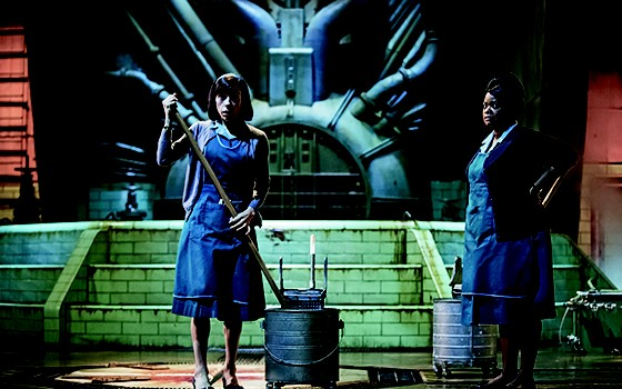 OSCAR  Elisa (Sally Hawkins, indicada a Melhor Atriz) e Zelda (Octavia Spencer, indicada na categoria de Atriz Coadjuvante) (Foto:  Divulgação)