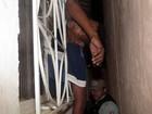 Homem tenta roubar casa e fica preso nu (Edelvácio Pinheiro / site Radar58)