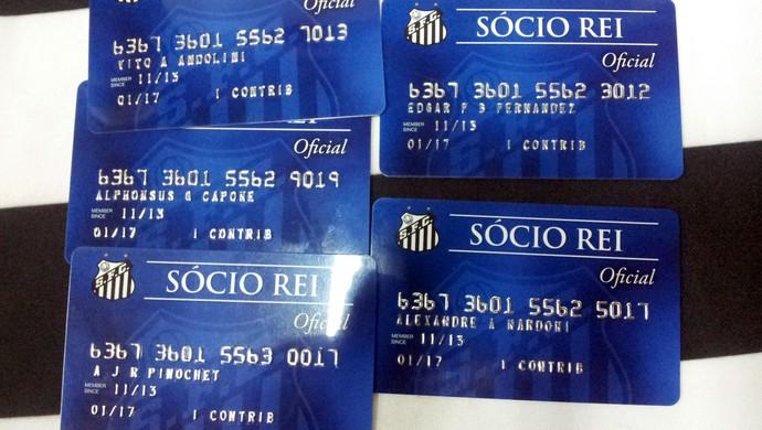 Carteiras associados Santos denúncia (Foto: Lincoln Chaves)
