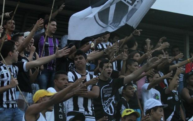 Torcida do Ceará no Estádio Vovozão (Foto: Divulgação/Cearasc.com)
