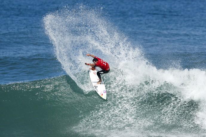 Adriano de Souza Mineirinho quarta fase Rio Pro mundial de surfe (Foto: Daniel Smorigo/WSL)