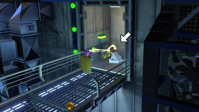 Use Visão ou outro personagem psíquico para controlar mentes em LEGO Avengers (Foto: Reprodução/Rafael Monteiro)