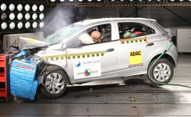 Chevrolet Onix em crash test do Latin NCAP (Foto: Divulgação)