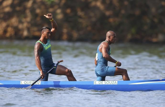 Iaquias Queiroz e Erlon Souza avançam no C2 1000m (Foto:  REUTERS/Murad Sezer)