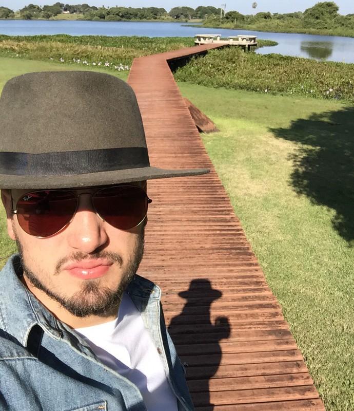 E Daniel mostra caminho para o lago (Foto: Arquivo Pessoal)