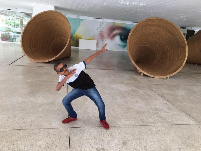 Juan não economiza no estilo! (Foto: Divulgação/RPC)