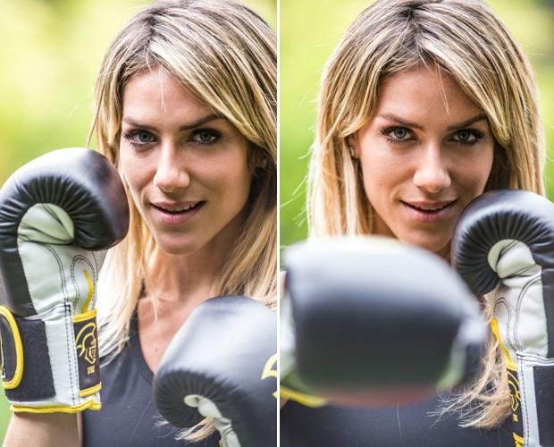 Giovanna posa com suas luvas e encara a câmera (Foto: Raphael Dias/TV Globo)