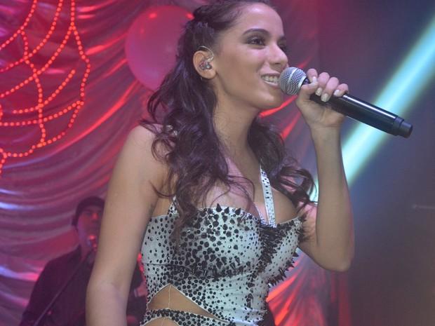 Anitta se apresenta em boate em São Paulo (Foto: Caio Duran/ Ag. News)