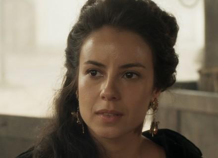 Joaquina se revolta com rebeldes