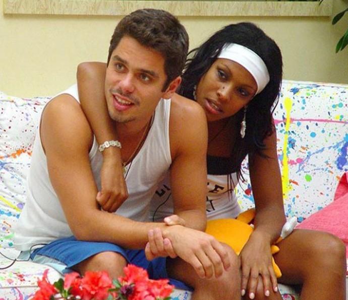 Rogério e Solange fizeram até cabaninha  (Foto: TV Globo)