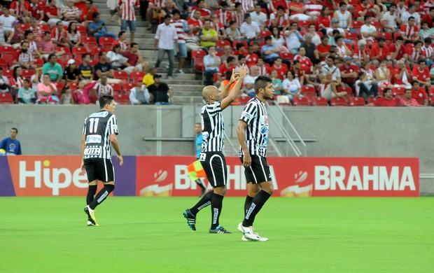 náutico x botafogo-pb (Foto: Antônio Carneiro / Pernambuco Press)