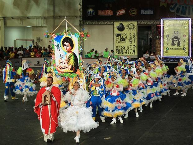 Sanfonear, de Tamandaré, foi inspirado pela obra do cantor pernambucano Alceu Valença.  (Foto: Mariana Frazão / Globo Nordeste)