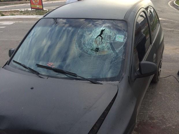 O acidente aconteceu na Avenida dos Holandeses em São Luís (Foto: Marcial Lima/TV Mirante)