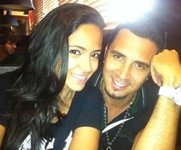 Latino com Dayanna Maia, do relacionamento com Izabel Cristina (Foto: Reprodução)