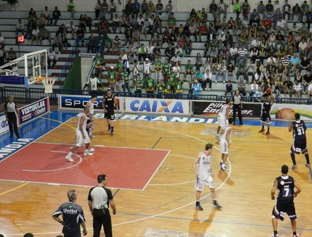 Uberlândia x Liga Sorocabana - 2º turno do NBB (Foto: Diego Alves)