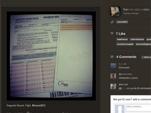 Usuário publicou foto do cartão-resposta e do rascunho da redação (Foto: Reprodução)