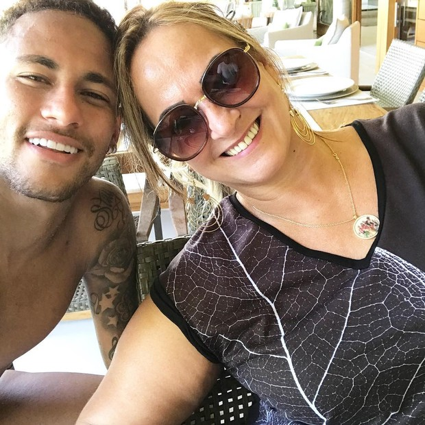 Neymar jr e sua mãe (Foto: Reprodução / Instagram)
