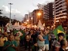 Manifestantes fazem protesto contra o governo federal em Aracaju